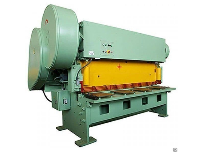 НГ13 Установка резки листового и профильного металла Российские фабрики Электромеханические Гильотинные ножницы
